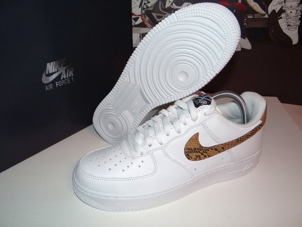Nike Air Force 1 Low PRM QS Retro Ivory Snake 42 EU With Socks! Limited Edition